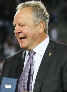 SKY_MOBILE Bill Beaumont