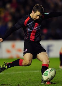 Greig Laidlaw kicking for Edinburgh