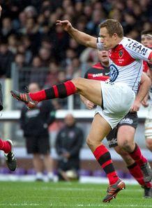 Toulon s fly half Jonny Wilkinson v toulouse