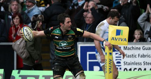 Phil Dowson faces a tough test against Chris Robshaw