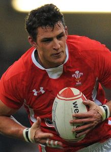 Aaron Shingler Wales 2012