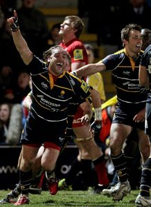 Andy Goode Worcester celebrates v Saracens