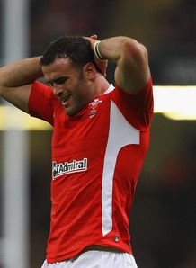 Jamie Roberts hands on head