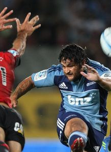 Piri Weepu Blues v Crusaders 2012