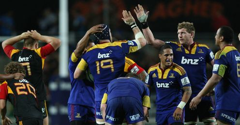 The Highlanders celebrate beating the Chiefs