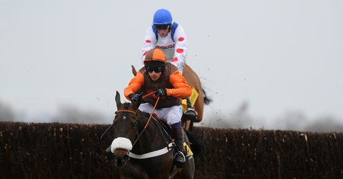 Long Run jumps last at Newbury