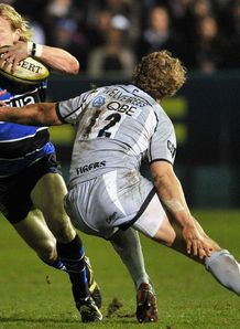 Bath v Leicester Sam Vesty tackled by Billy Twelvetreees