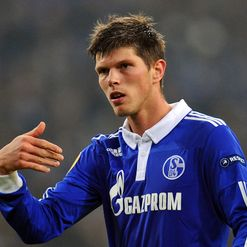 Huntelaar: Commits to Schalke