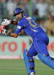 Royals run over Knight Riders