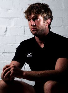Geoff Parling in Mizuno shirt