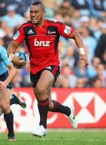 Robbie Freuan in the clear for Crusaders