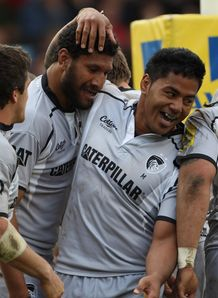 Steve Mafi Manu Tuilagi Leicester celebrate