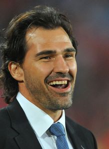 Victor Matfield TV suit