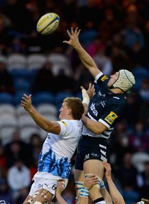 Kearnan Myall outjumps Stuart Hooper at a lineout Sale v Bath Edgeley Park Aviva Premiership Apr 2012