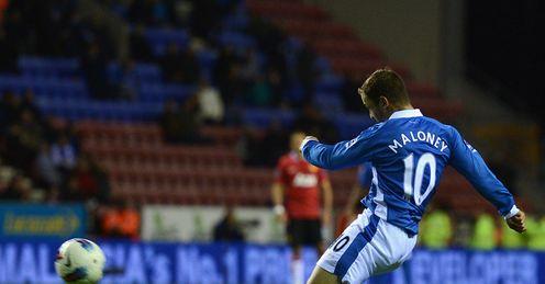 Shaun Maloney goal Wigan v Manchester United