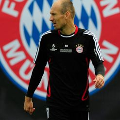 Robben: Back in training