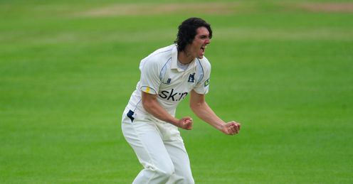 Chris Wright Warwickshire v Durham County Championship Edgbaston