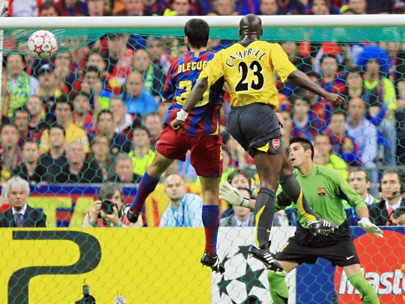[تصویر: Sol-Campbell-Arsenal-vs-Barcelona-2006-C...758963.jpg]