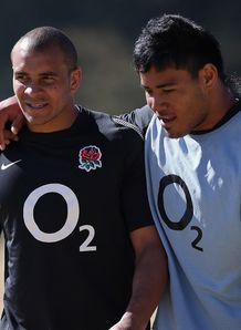 Jonathan Joseph with Manu Tuilagi at training