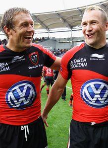 Jonny Wilkinson of Toulon celebrates with Matt Gitteau Top14 semi 2012