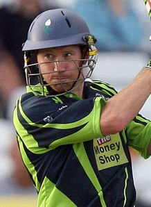 Yorkshire edge Foxes thriller