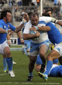 Rodrigo Roncero C scores a try v Italy 2012