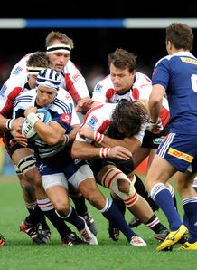 Stormers back Gio Aplon on a run against the Lions