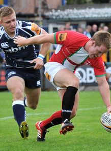Chris Banfield London Welsh scores 5th Try against Sale Sharks