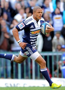 Juan de Jongh on his way to the line for Stormers