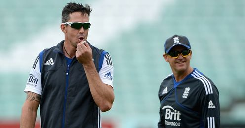 Unified front: Pietersen and Flower during training ahead of the first Test at the Oval