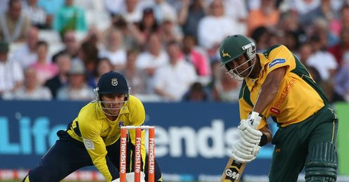 Samit Patel Nottinghamshire v Hampshire Friends Life t20 Trent Bridge