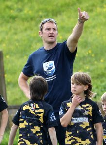 Alastair Kellock giving thumbs up