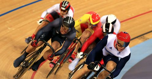 Sir Chris Hoy storms to victory in the keirin