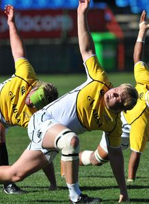 Adriaan Strauss stretches during the Springboks training session