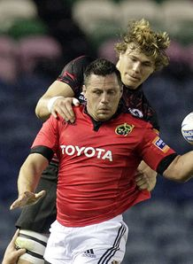 Edinburgh line out Munster s James Coughlan