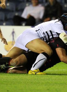 Edinburgh s Ross Ford scores a try v Zebre