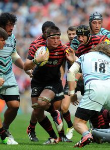 Ernst Joubert of Saracens takes on the Leicester Tigers defence
