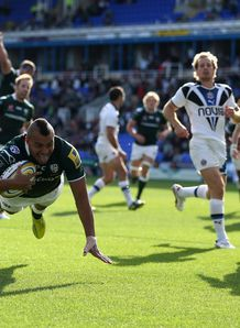 Jonathan Joseph London Irish try v Bath