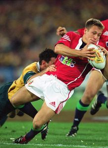 Jonny Wilkinson attacking for Lions in 2001
