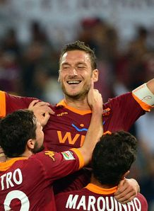 Totti milestone for Roma