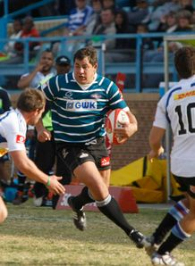 Ryno Barnes on a run for Griquas