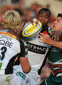 Ugo Monye looking for an offload for Harlequins