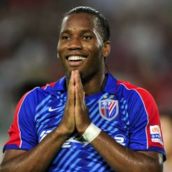 Drogba: Eyes loan move