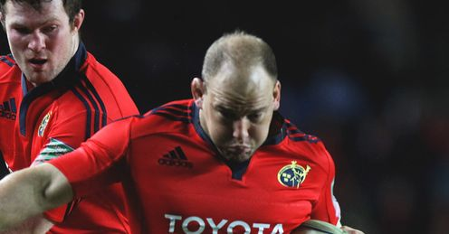 BJ Botha of Munster charge