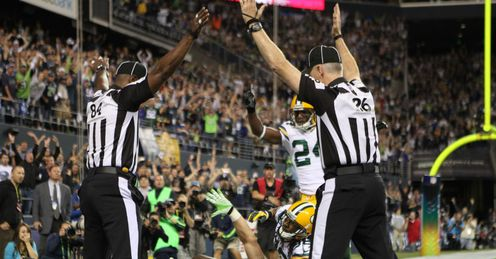 Replacement refs award a controversial touchdown to Seattle