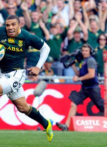 Bryan Habana runs to score South Africa v New Zealand Soccer City
