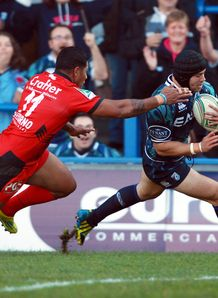Leigh Halfpenny Cardiff Blues 2012