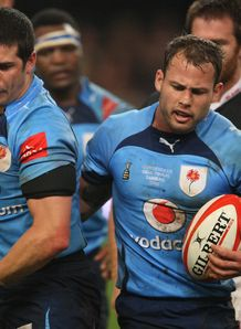 Morne Steyn and Francois Hougaard talking