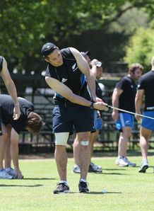 Richie McCaw playing golf