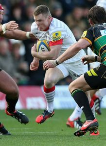 Chris Ashton Saracens running against former club Northampton